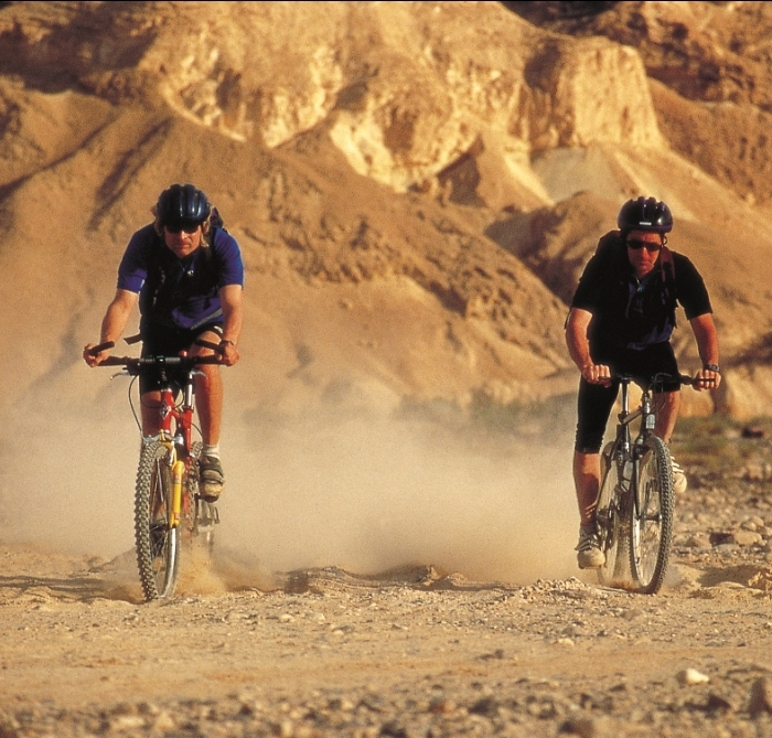 Negev Cycling - Photo (C) Desert Shade