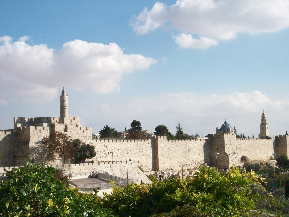 Jerusalem Old City Walls - Phot (C) by Pierre Zuccarelli